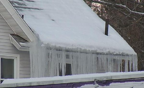 ice dam troubles_148305