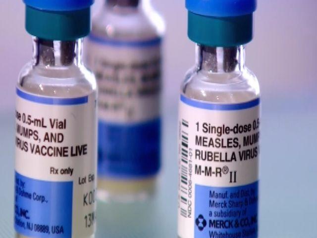 NC_vaccinepolitics0203001_mezzn_147072
