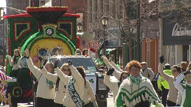 holyoke st. pattys parade tile_170697