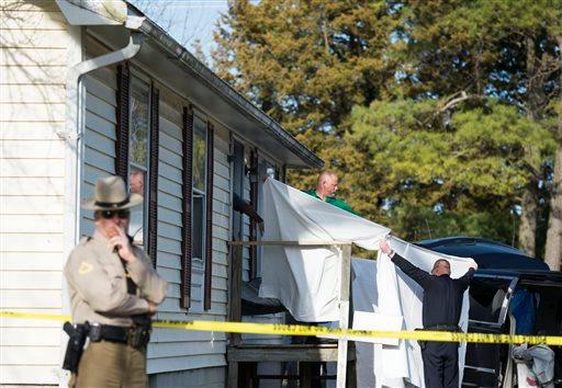 APTOPIX Eight Dead In Home_178368