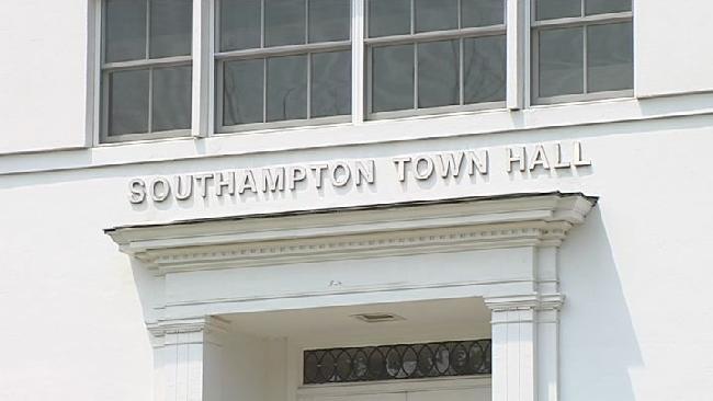 southampton town hall_225004