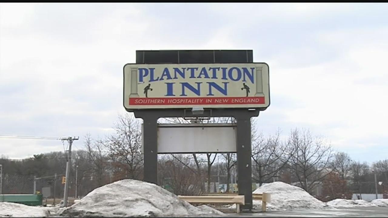 plantation inn sign_346667