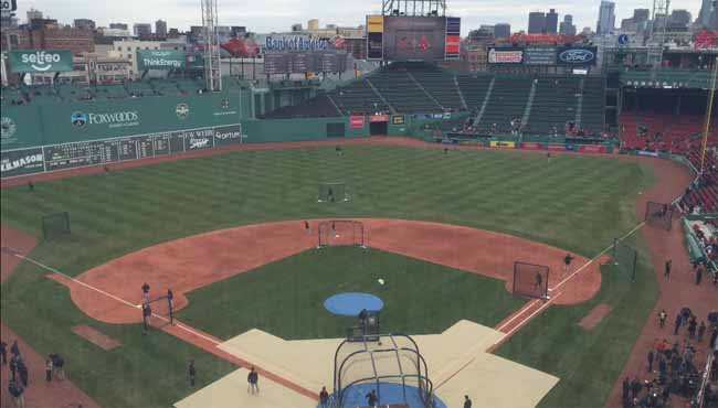 fenway park opening day 2016_375539