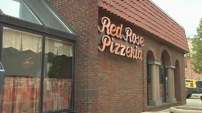 red rose pizzeria_389622