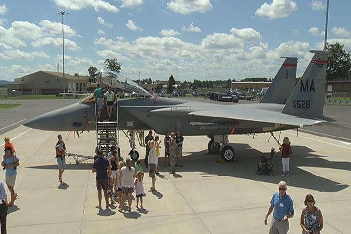 Barnes Air National Guard Base_447284