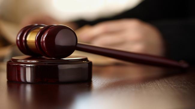 Judges Gavel_432574