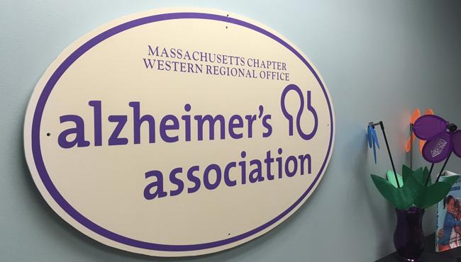 alzheimers-association-sign_533488