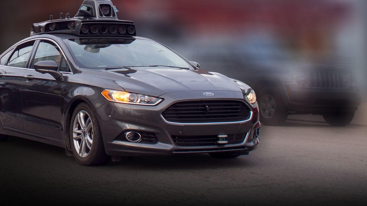 self-driving-car_524530