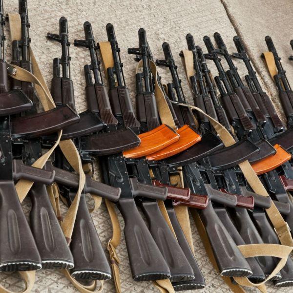 assault rifles_410632