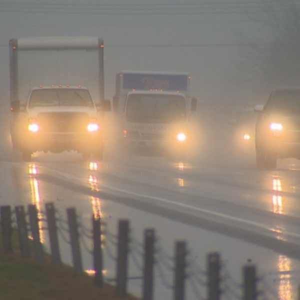 thunderstorm-driving_wtnh_555284