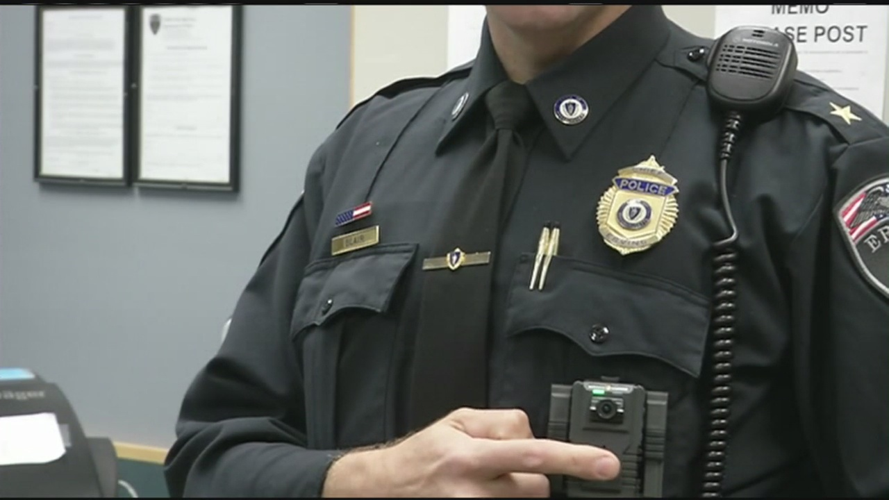 Committee considers body cameras for Springfield police officers