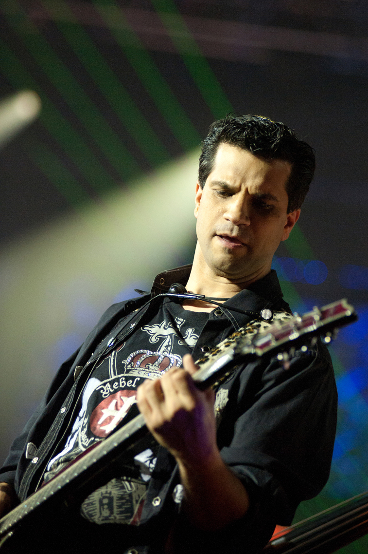 Tommy Tallarico performing during the PBS Special televised event of Video Games Live. Tallarico is bringing the show to his home city of Springfield, Massachusetts, at the Springfield Symphony Hall, May 13. (Photo used with permission from the...