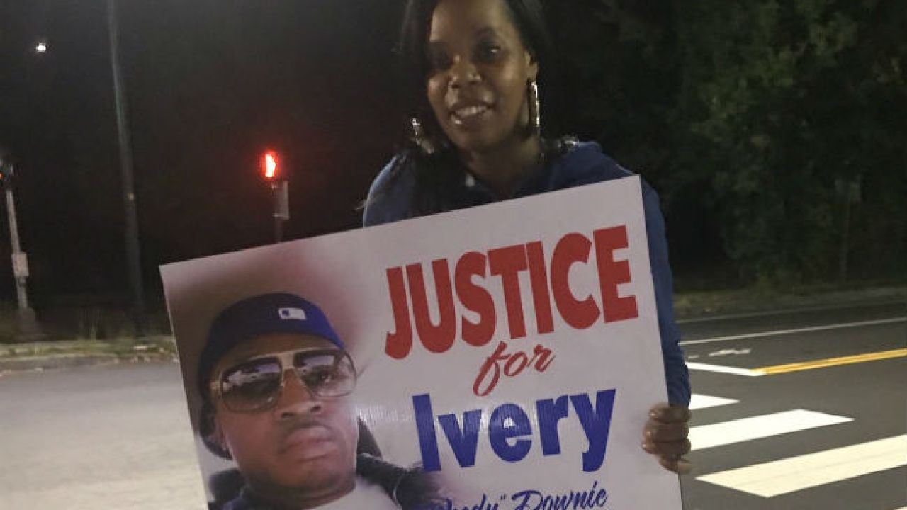 Murder Victim S Family Holding Vigils On Anniversary Of