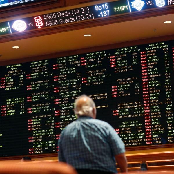 Sports_Betting_Poll_78065-159532.jpg16286105