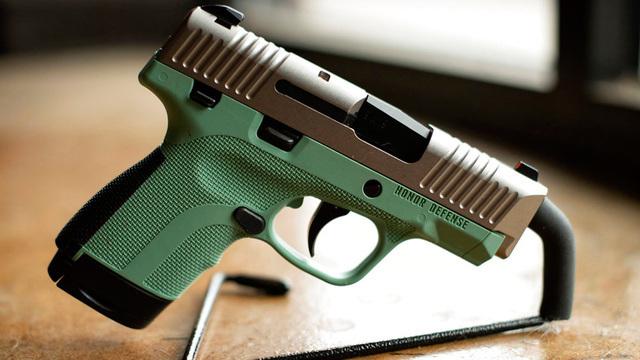 gun makers_1529915165975.jpg_46608268_ver1.0_640_360_1529930590829.jpg_46635378_ver1.0_640_360_1529932525897.jpg.jpg