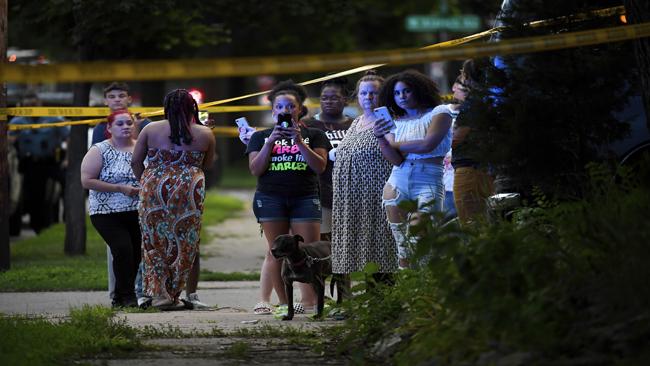 APTOPIX Police Shooting Minneapolis_1529858381556