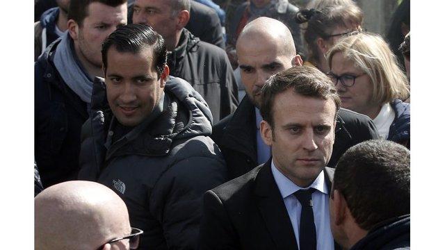 Macron and bodyguard_1532178875812.jpeg_49163057_ver1.0_640_360_1532248082359.jpg.jpg