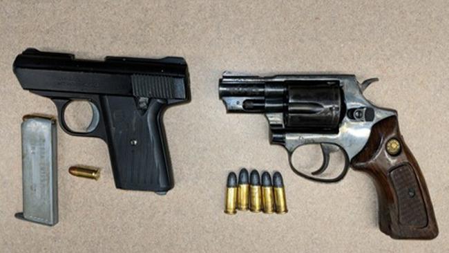 Hartford arrest weapons_1533489905611.jpg.jpg