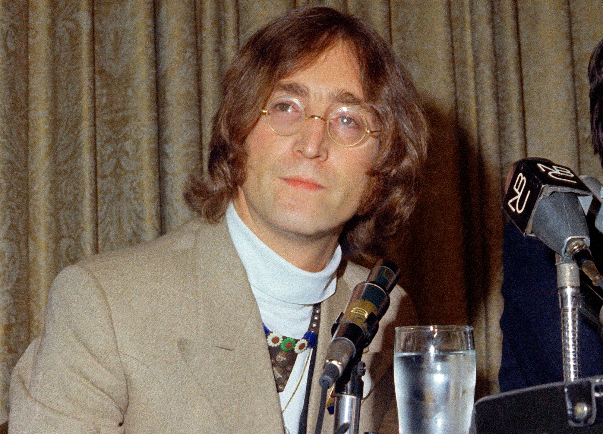 John_Lennon's_Killer_Parole_Denied_54759-159532.jpg86943906
