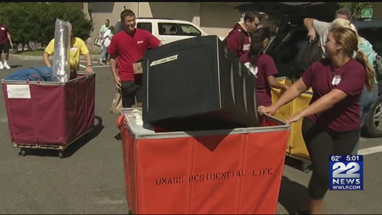 Thousands_of_UMass_students_to_move_in_t_0_20180831092657