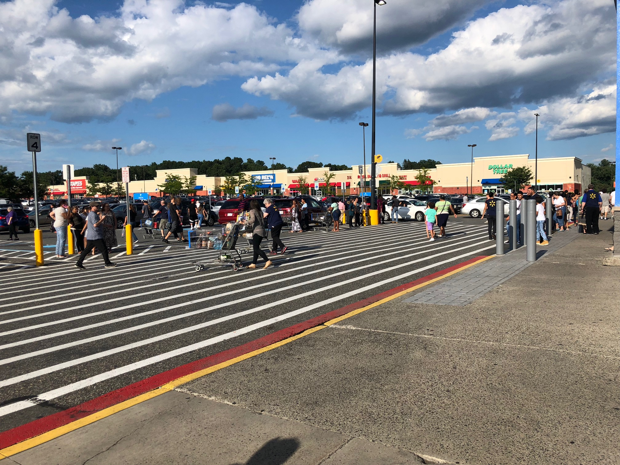 chicopee police called to memorial drive walmart for