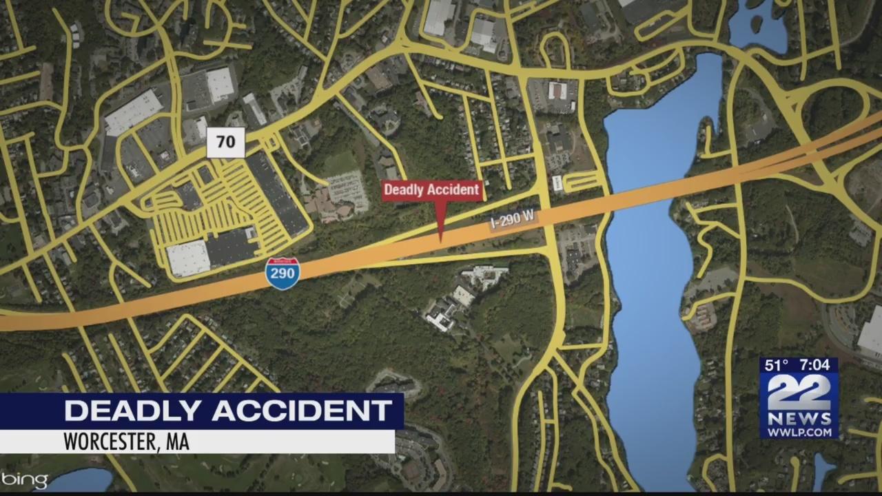 State police investigating deadly crash in Worcester
