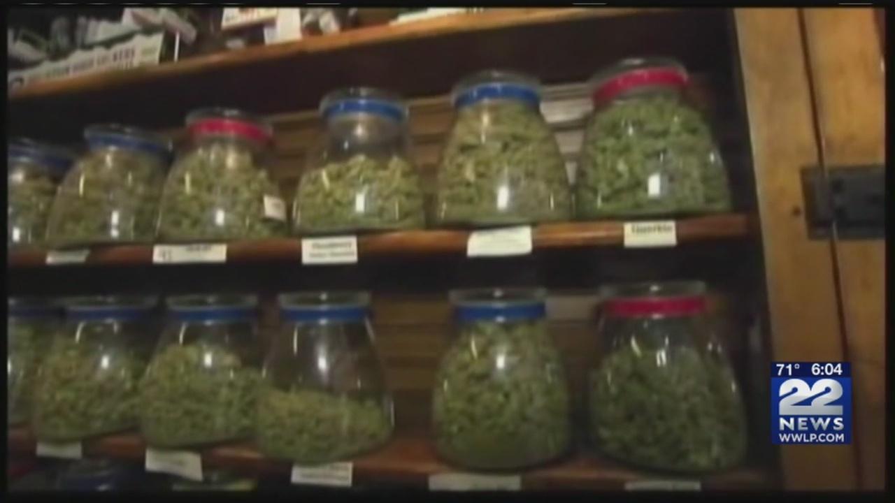Marijuana_bill_Senator_Warren_0_20180607231128
