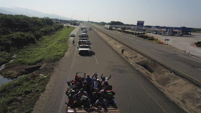 Central America Migrant Caravan_1540649952061