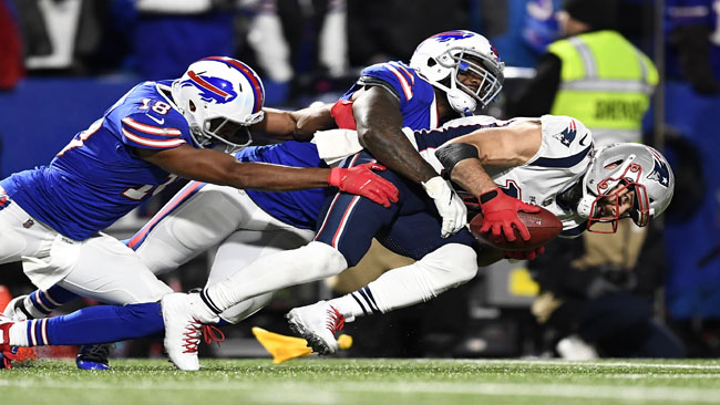 Patriots Bills Football_1540899061342