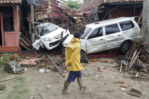 APTOPIX Indonesia Tsunami_1545560194741
