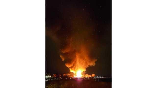Massive fire destroys Shakespeare American Theater in