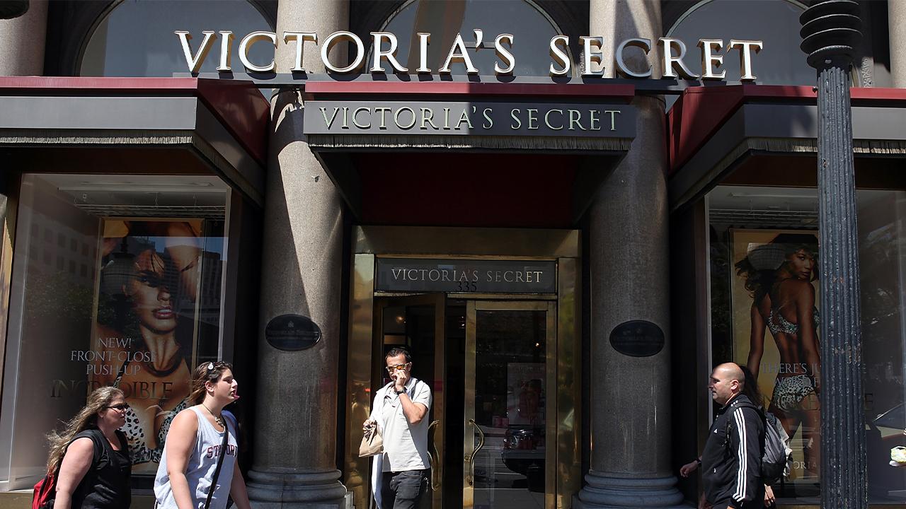 Victoria's Secret-846652698