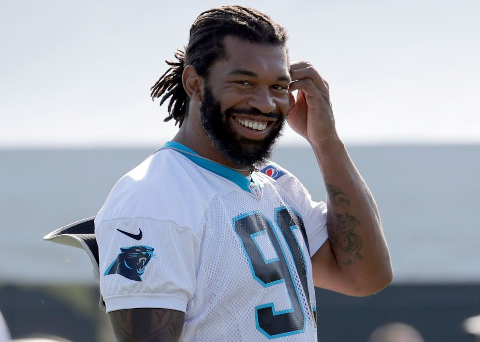 julius peppers ap_1537573791043.JPG-873704001.jpg