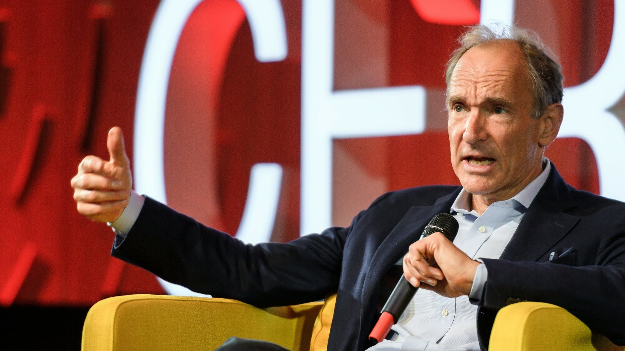 Tim Berners-Lee_1552438523279.jpeg.jpg
