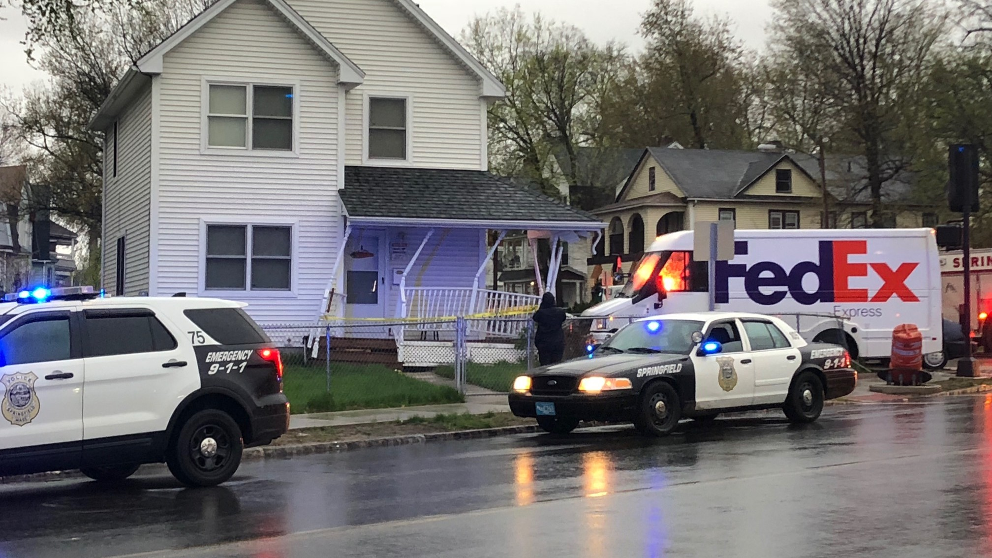 FedEx truck crashes into building on Carew Street in Springfield