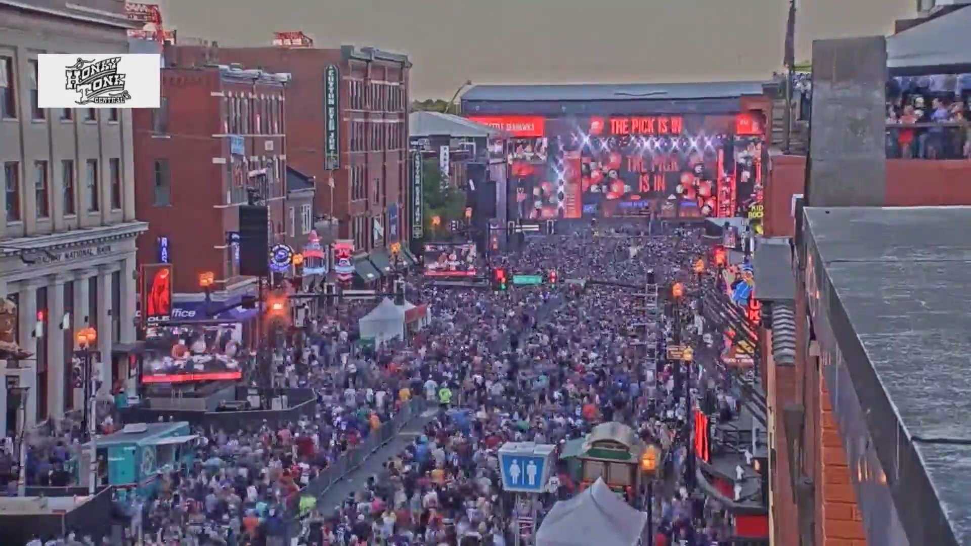 NFL Draft Round 2 timelapse 1 84646094 ver1.0 - How To Get Free Tickets For Nfl Draft In Nashville