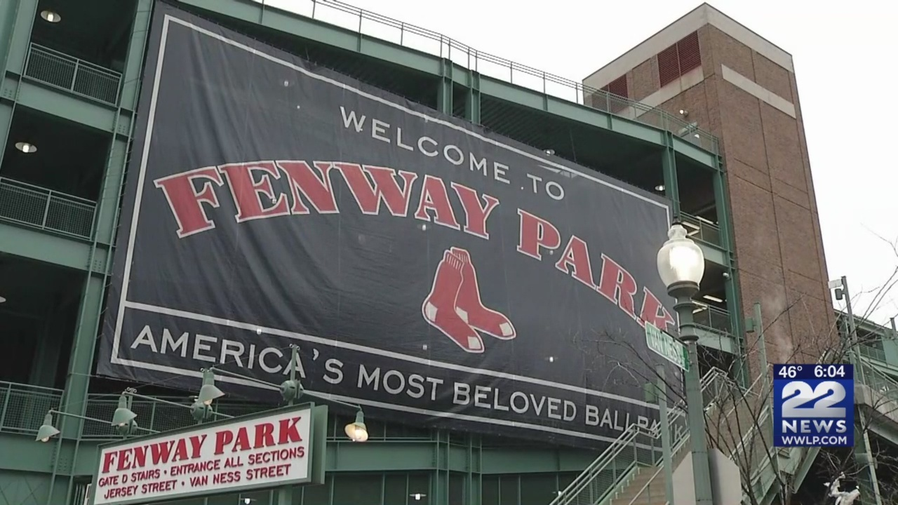 Red_Sox_return_to_Fenway_Park_for_first__0_20190409230553