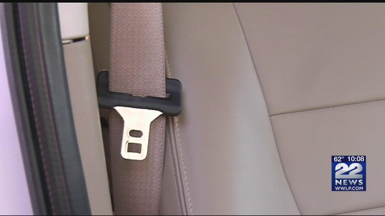 Massachusetts_drivers_wearing_seatbelts__0_20180824024552