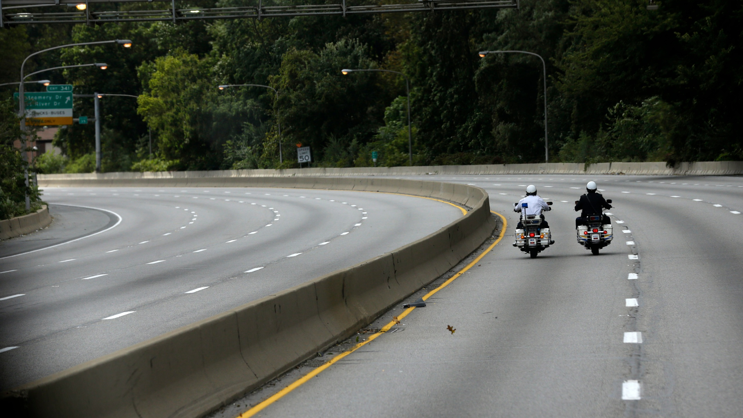 Motorcycle_Safety_63323-159532.jpg25479500
