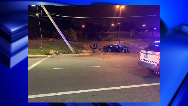 One dead after car accident on Center St in Chicopee | WWLP