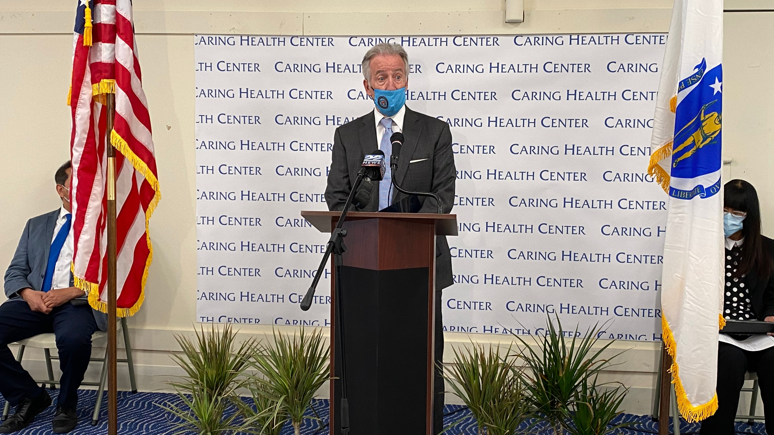Congressman Neal visits Caring Health Center in Springfield