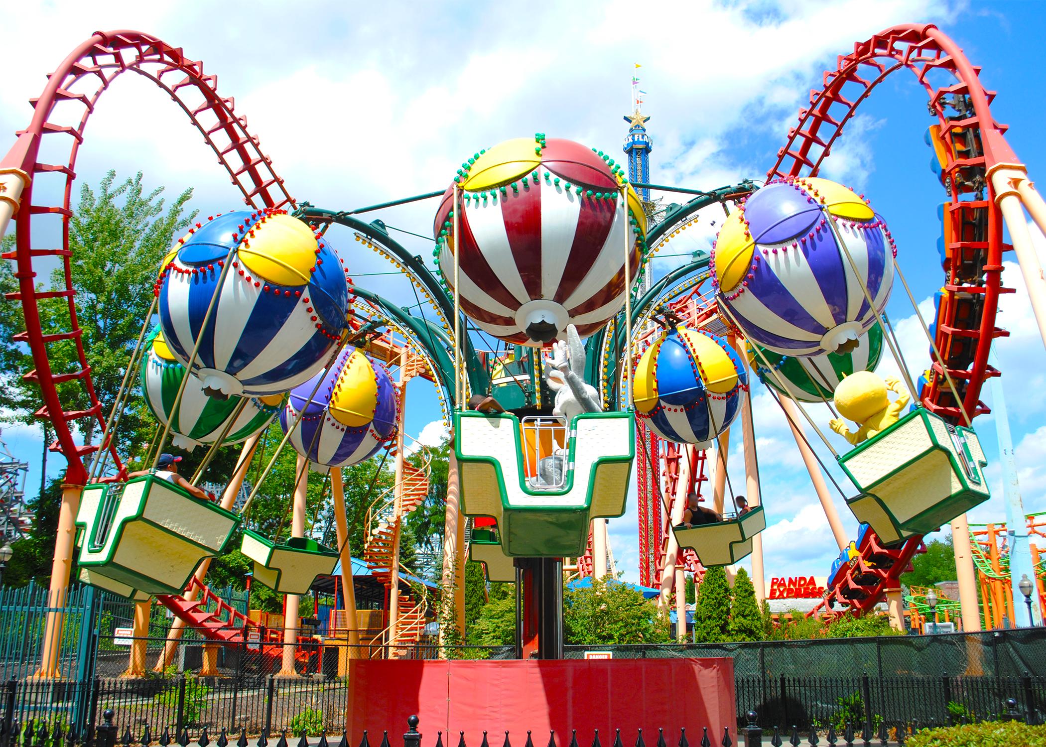 Balloon Race - Six Flags New England